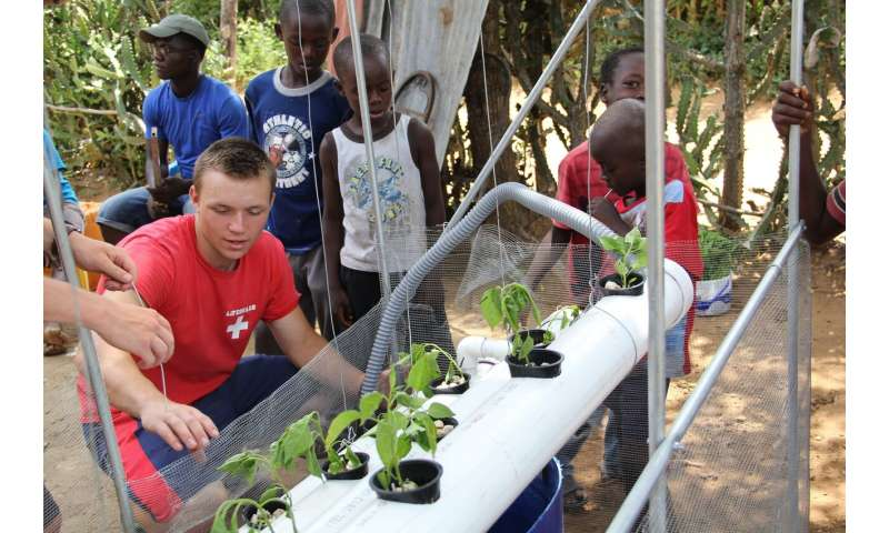 Homegrown Hydroponics Project Spreads Around The World