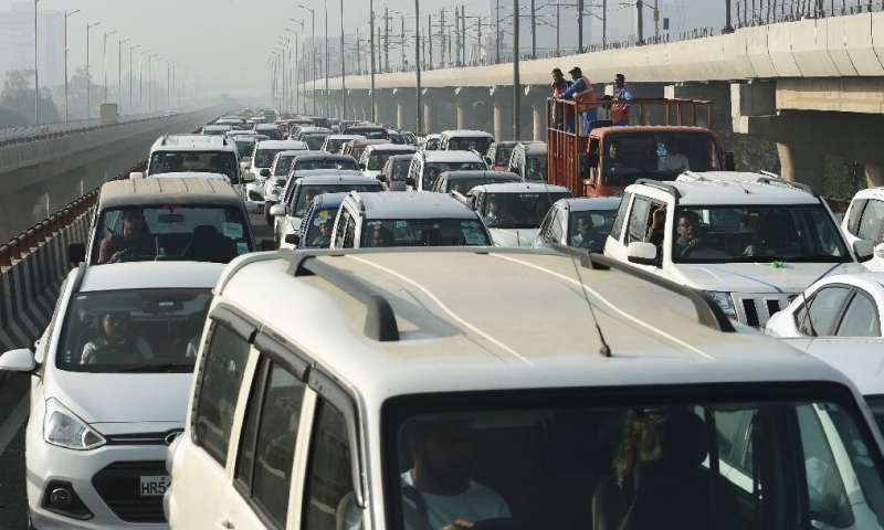 India hopes electric vehicles will help ease pollution caused by combustion engines