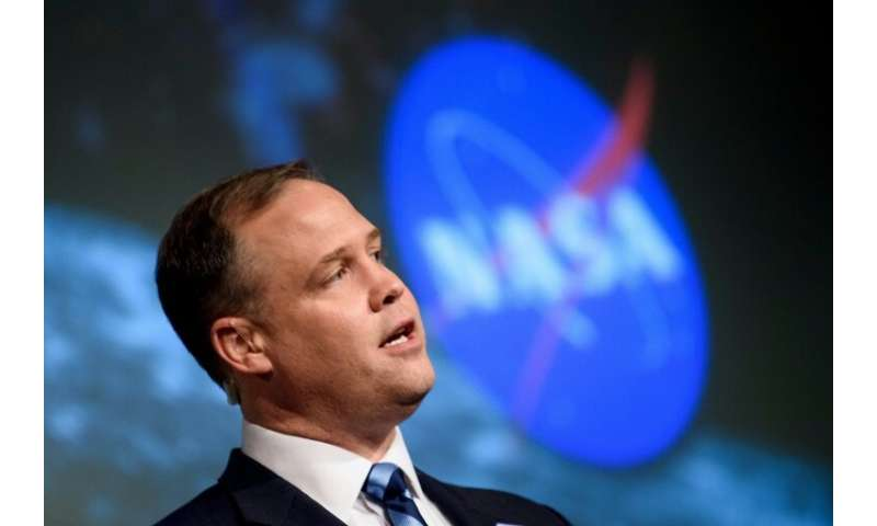 Jim Bridenstine, head of the US aerospace agency NASA, says he hopes to have austronauts back on the moon by 2028