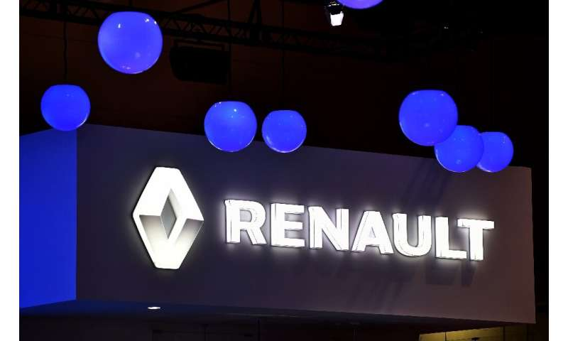 France ready to cut Renault stake to shore up Nissan partnership: minister