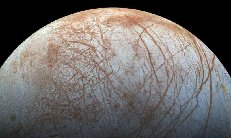 Life on Jupiter's moon Europa? Discovery of table salt on ...