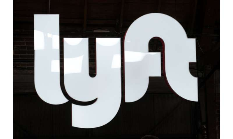 Lyft posts losses despite revenue growth, improves outlook