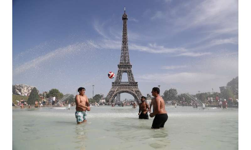 Meteo France is forecasting 41 or 42 degrees Celsius in Paris on Thursday