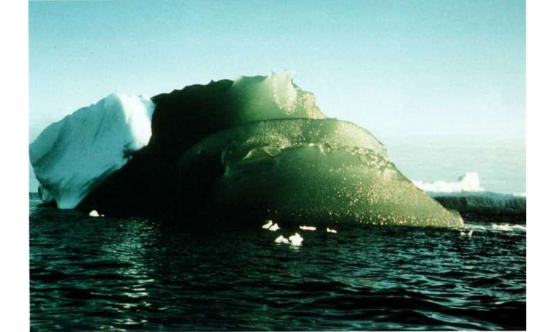 Mystery of green icebergs may soon be solved