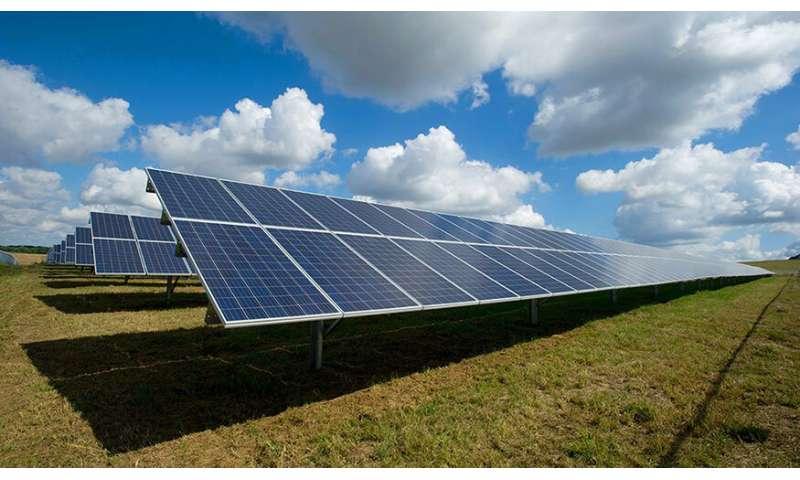 Nanowire arrays could improve solar cells