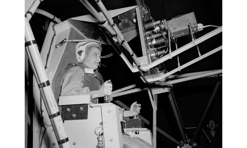 NASA's 1st female astronaut candidate, Jerrie Cobb, dies