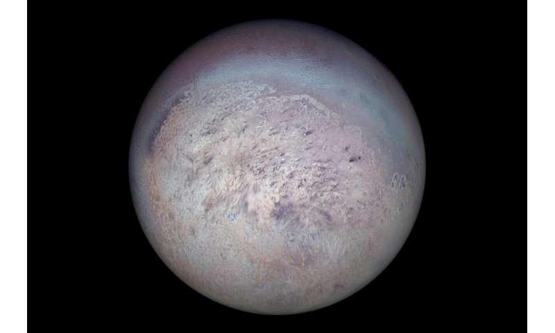 Neptune's moon Triton fosters rare icy union