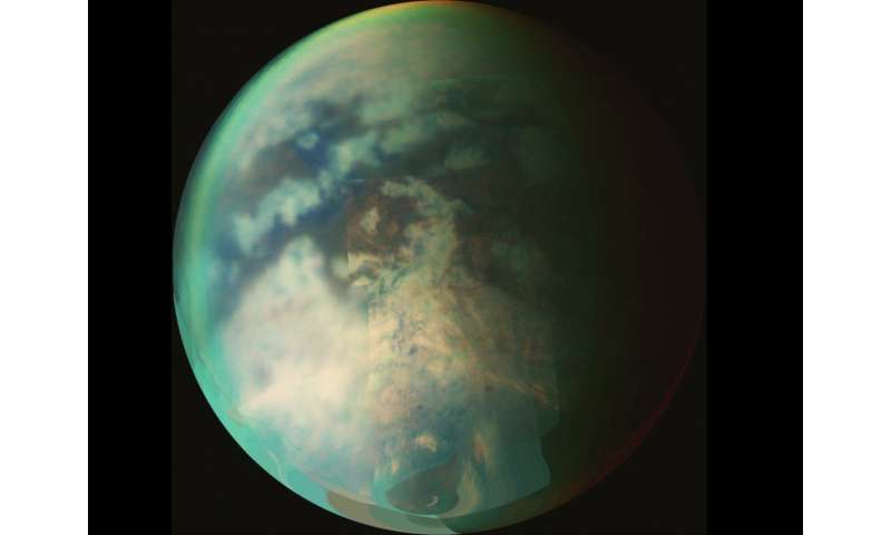 New study finds evidence of changing seasons, rain on Titan's north pole