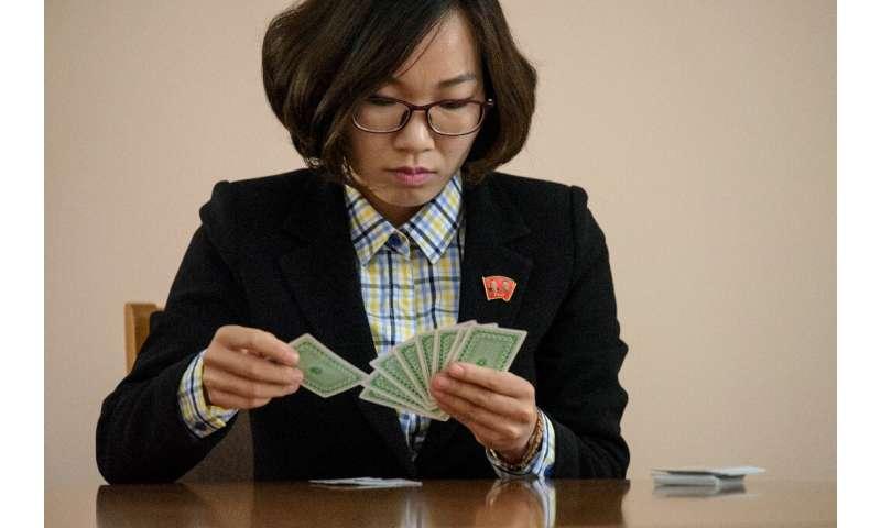 North Korean Pang Un Sim  memorised 5,187 binary numbers at the World Memory Championships