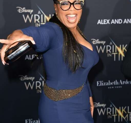 Oprah Winfrey has signed an agreement with Apple to produce content for the tech firm's video service