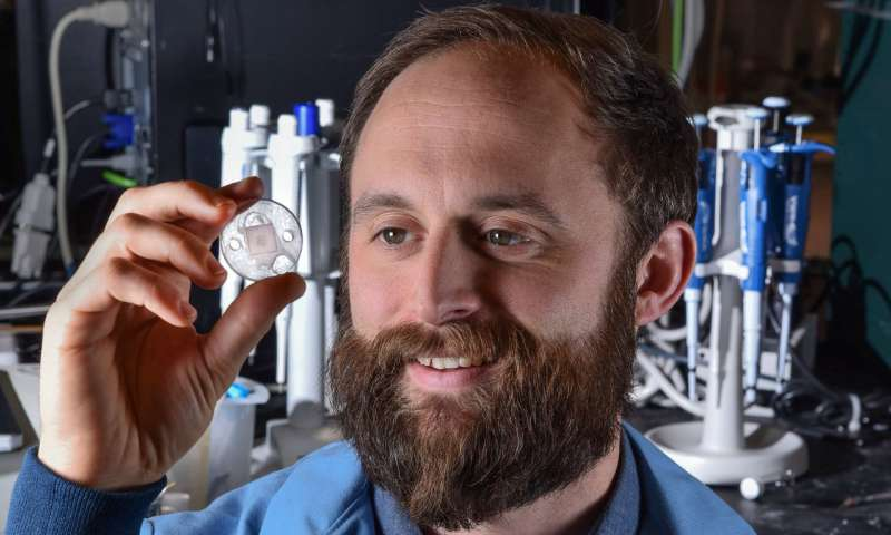 Sandia microneedles technique may mean quicker diagnoses of major illnesses