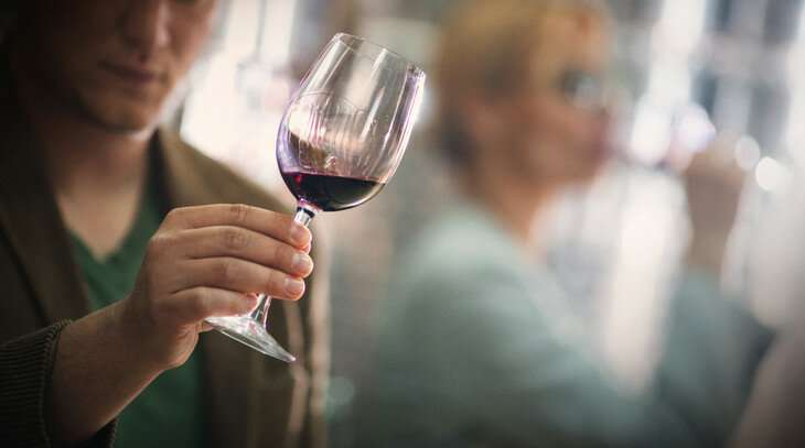 Sensory tests suggest 'liking' wines made with native grapes a learned response