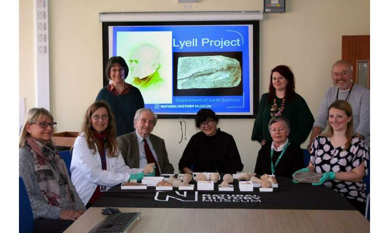 Sir Charles Lyell's historical fossils (London's Natural History Museum) accessible online