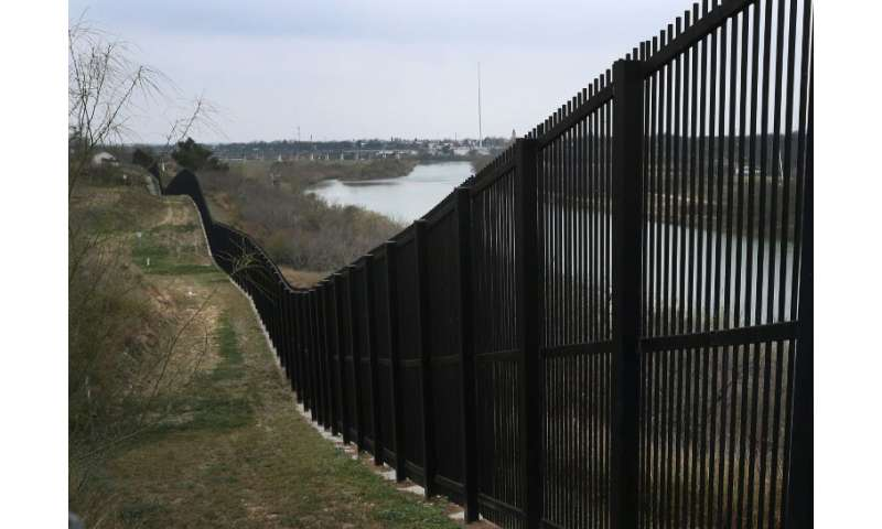 Some lawmakers said new technology tools would be more effective than the kind of border fence seen in Texas, but civil libertie
