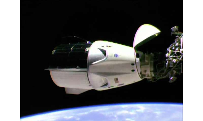 SpaceX Dragon 2 set for nail-biting landing – here's the rocket science