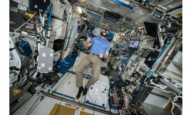 Uzayda zamanın nasıl algılandığını incelemek