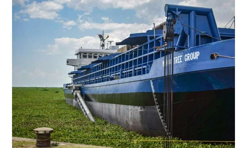 The dredger MV Mango Tree, tasked with removing water weeds on Lake Victoria and turning them into fertiliser, lands at the Kisu