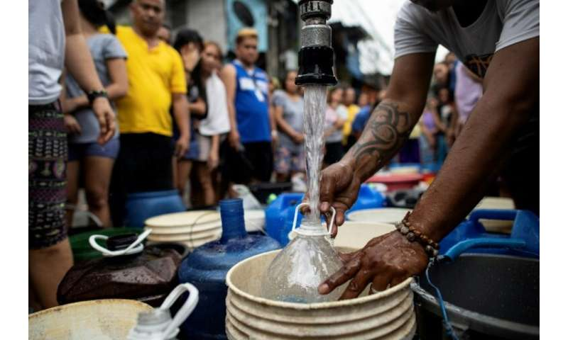The shortages started hitting late last week, with some areas in eastern Manila seeing the supplies of water into their homes be