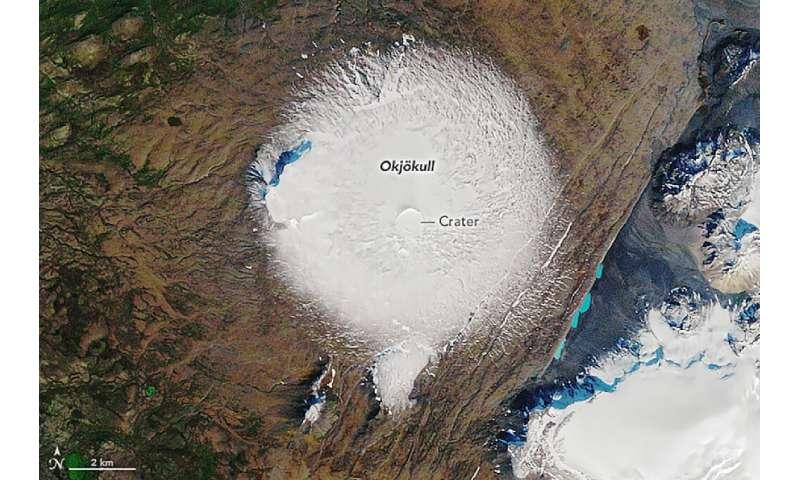 Esta imagen de la NASA muestra el glaciar Okjökull en 1986