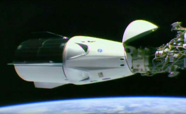 SpaceX Dragon capsule successfully docks with ISS