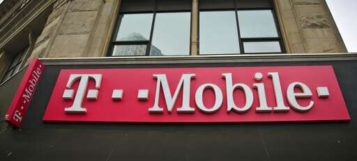 T-Mobile, Sprint execs defending merger to lawmakers