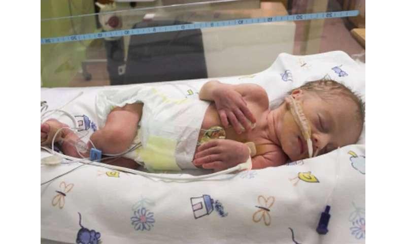 Vulnerable preemie babies often behind on vaccines