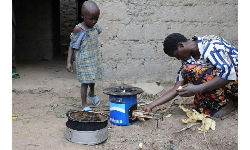 Water filters, efficient cookstoves improve health in vulnerable Rwandan populations