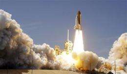 Space shuttle Atlantis soars on final voyage (AP)