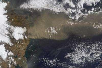 Terra Satellite Helps Measure Iceland Volcanic Plume