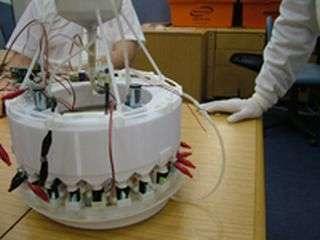 Self-sustaining robot has an artificial gut (w/ Video)