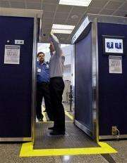 Airport body scanners spreading across US (AP)