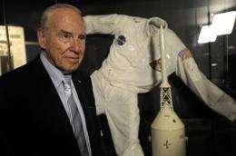 Astronauts mark anniversary of Apollo 13 drama (AP)