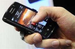 CEO optimistic on resolving BlackBerry disputes (AP)
