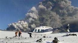 European airlines send up test flights despite ash (AP)
