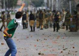 Facebook, YouTube used as weapons in Kashmir fight (AP)