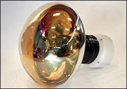 Glass implosion tests help design stronger neutrino detectors