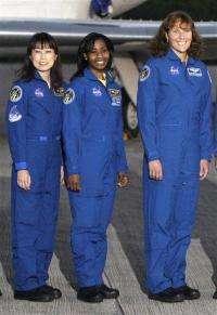 Spacewoman power: 4 women in orbit at same time (AP)