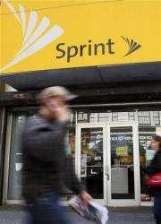 Sprint Nextel posts first subscriber gain in 3 yrs (AP)