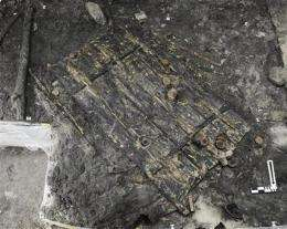 Swiss archaeologists find 5,000-year-old door (AP)