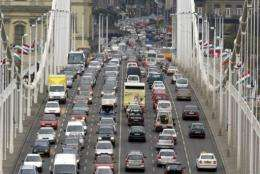 The pollution comes from traffic exhausts which means that it is particularly pronounced near major roads.