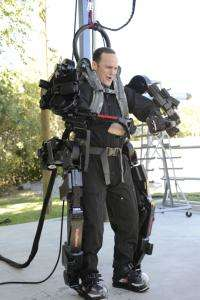 The real 'Iron Man' Exoskeleton does the work of two to three soldiers (w/ Video)