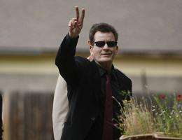 Troubled American actor Charlie Sheen attracted some 1.3 million followers in just two days