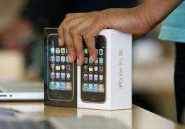 Two iPhone 3GS
