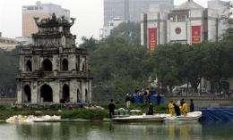 Vietnam scrambles to save Hanoi's sacred turtle (AP)