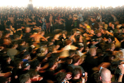 Mosh Pits Can Shed Light On Panic Situations