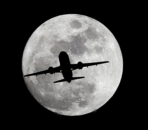 Moon: Rare full moon on Christmas Day