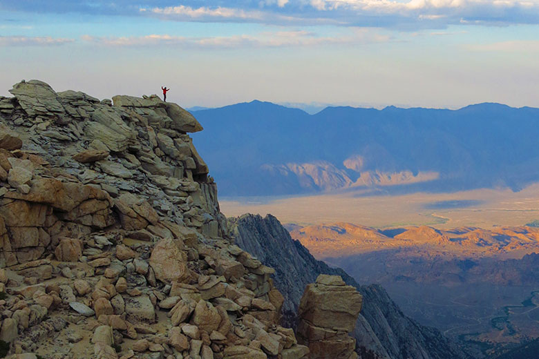 crack mystery of the Sierra Nevada's age
