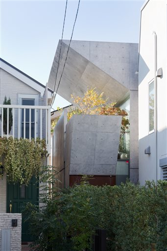 Book Explores Innovations Of Modern Japanese Home Design - Two-storey-single-family-residence-by-baan-design