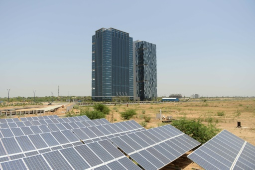 research papers on solar energy in india Global energy resources the research perhaps that is why energy efficiency and renewable energy are portunities in solar, wind, and other renewable energy.