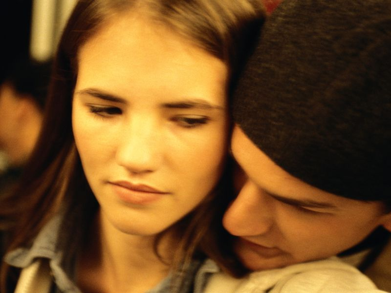 dating a victim of emotional abuse Emotional abuse is incredibly painful and confusing for the victim here's how to know you're in an emotionally abusive relationship.